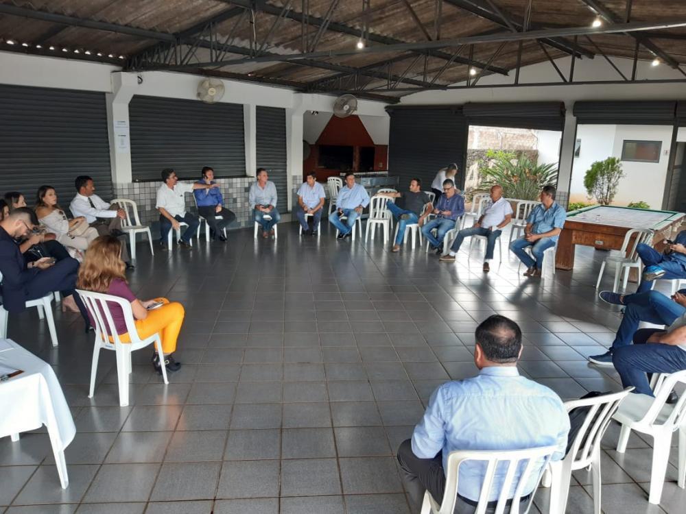 Amunorpi e Ministério Público debatem reabertura do comércio