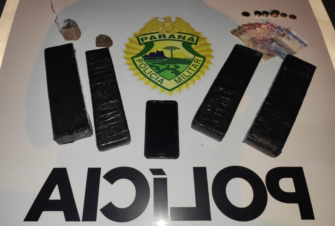 TRÁFICO: Homem é preso com três quilos de maconha em Ribeirão do Pinhal