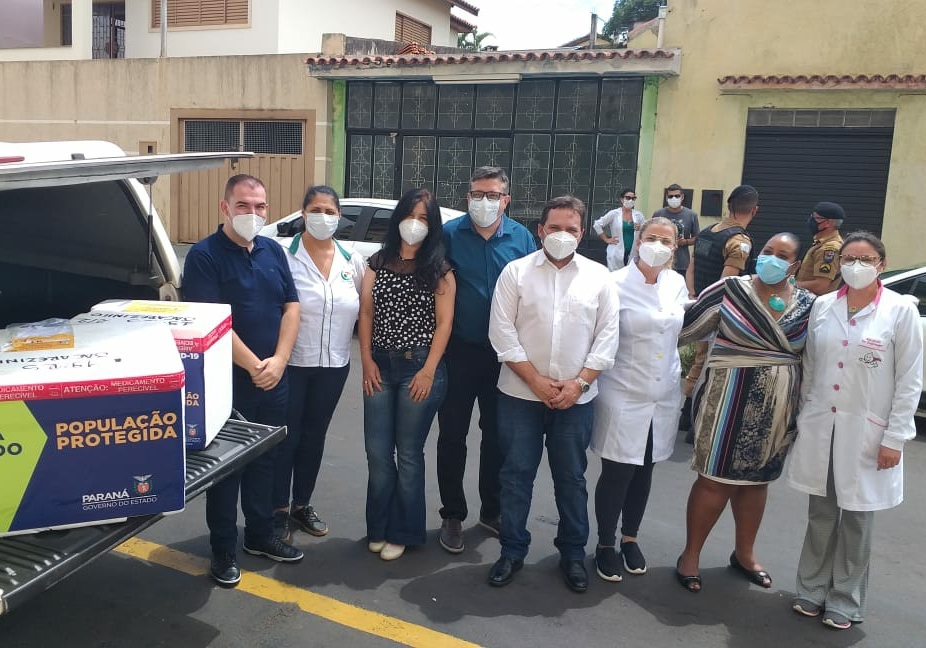 IBAITI: Prefeito Antonely recebe primeiro lote das vacinas contra a Covid-19