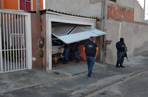 PCPR CURITIBA: Integrante de organização criminosa é preso em flagrante por tráfico de drogas e outros delitos