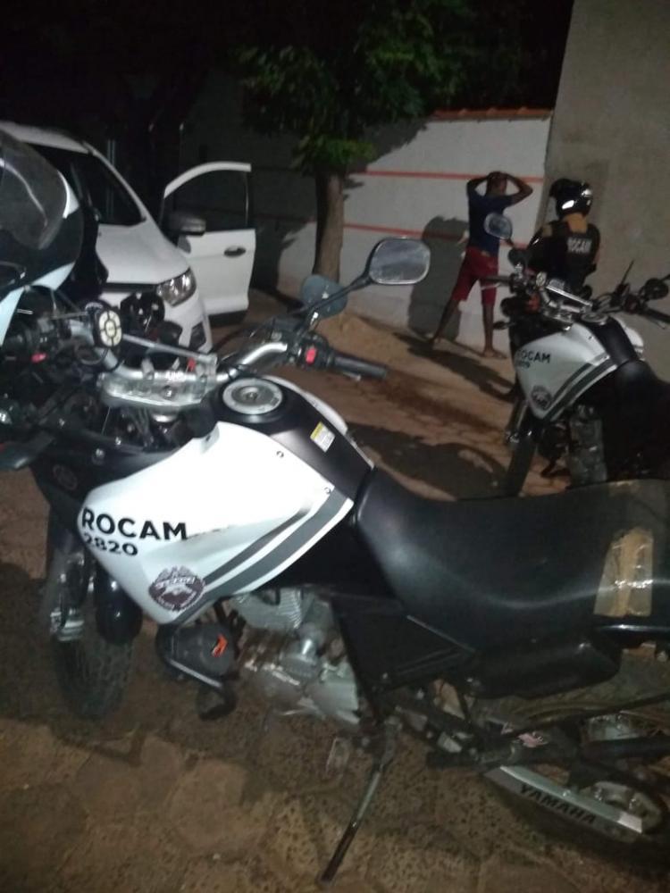 Rocam prende suspeito de roubo em propriedade rural em S.A.P